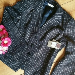 {Coldwater Creek} NWT Boucle' Shaped Blazer